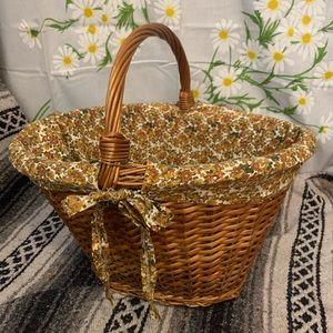 Vintage Accents - Vintage 1970s floral lined huge woven basket